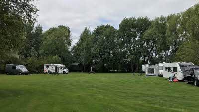 Lashlake Barn, OX9 3AU, Thame, Oxfordshire, CL owner, 2020, pitch, caravan, trees, car, grass