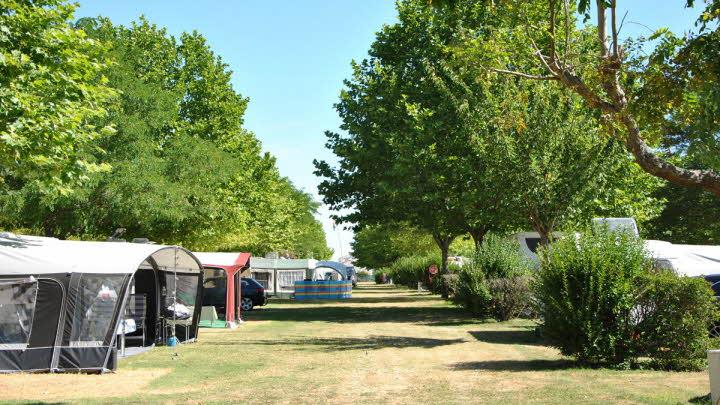 Ile De Re Ferienhaus le domaine d olé the caravan