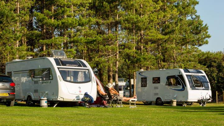Wirral Country Park Club Site   The Caravan Club