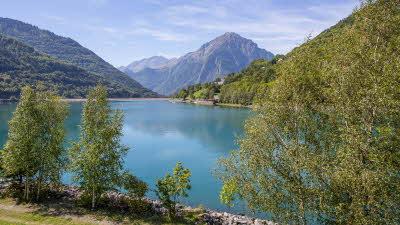 A La Rencontre du Soleil, M19, Rhone-Alpes, France, Overseas, 2021, lake, mountain, trees