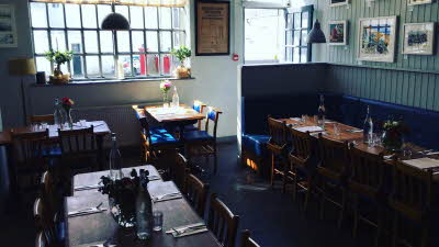 Offer image for: Busby and Wilds - 15% discount off food.