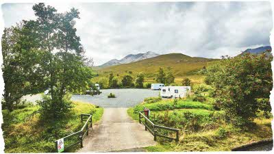 Caravans and motorhomes in the mountains